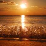 筒城浜の朝日